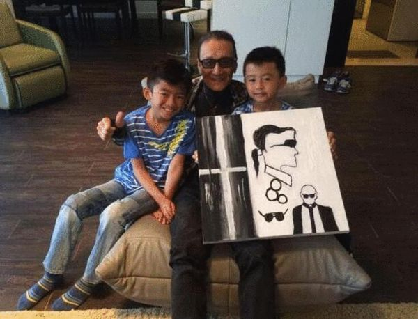 谢贤80大寿办Party 张柏芝作画托两儿子送达
