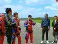 《花样男团片花》第八期 贾乃亮克服恐高跳伞成功 地勤二人组遭忽视