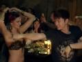《花样男团片花》第八期 男团三组汇合蜘蛛餐厅 贾乃亮伴舞肚皮舞娘