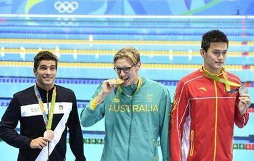 延伸阅读: 孙杨向霍顿宣战:我是泳池王者 1500米你没戏