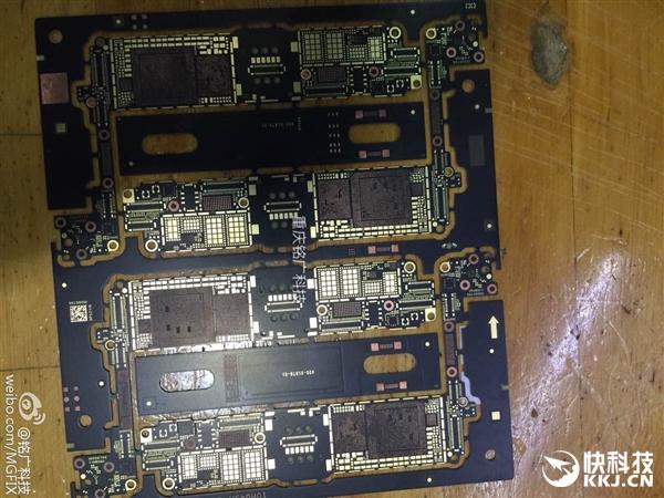 根据此前消息,iphone 7主板将大面积使用emi电磁屏蔽技术,rf射频芯片