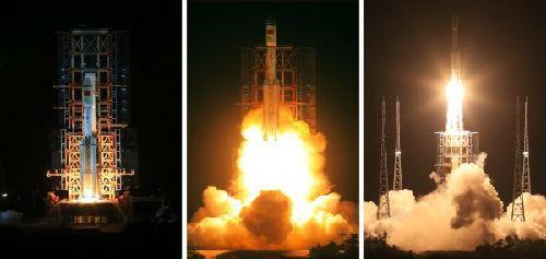 图说:2016年6月25日,长征七号运载火箭在海南文昌航天发射场焚烧升空(拼版相片)。新华社发