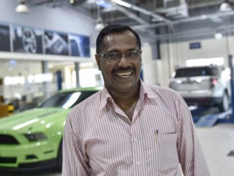 躲过空难又中百万,这位名叫Mohammad Basheer Abdul Khadar的印度男子可能是全世界最幸运的人:他刚刚躲过了一起空难,仅仅6天后又中了一百万美元大奖。