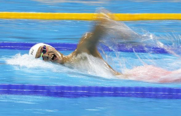 8月12日,中国选手孙杨在男子1500米自由泳预赛中