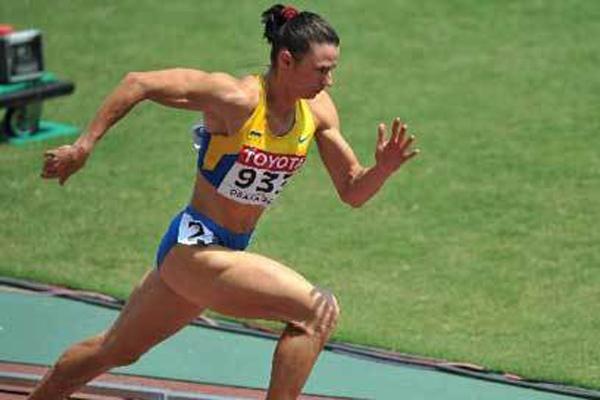 10,女子400米,成绩为47秒60,由德国运动员科赫1985年在澳大利亚堪培拉创造。
