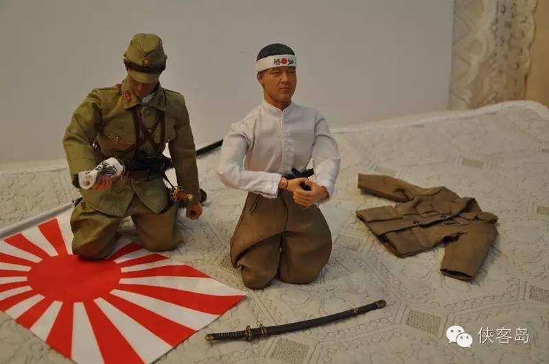 """就拿中国和韩国感觉比较敏感的靖国神社来说吧,对于日本人、尤其是保守派来说,它是历史的象征,也是""""精神胜地"""",是战前军国主义精神重要的象征,尤其是后来这里又搞了甲级战犯的""""合祀""""。但其实很多日本人平常也会去,因为也是东京观赏樱花的名所。其实每年除了8月15日,靖国神社还有两次大祭,可以说有相当的支持度。而我们最关注的,则是政治人物是否会选择在这一天参拜靖国神社。"""