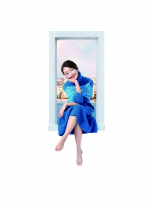 南京/《谎言西西里》中,周冬雨扮演的小优颠覆了以往银幕上乖巧的...