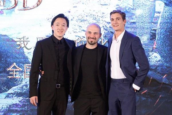 俄罗斯玛丽苏大片《他是龙》8.19上映 超模男主来华宣传