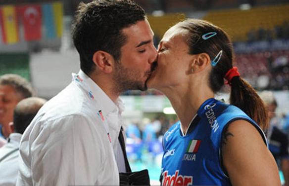 伦敦奥运会,意大利女排名将德尔科尔赛后接受了男友的现场求婚