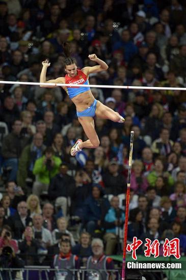 图为2012年,伦敦奥运会,伊辛巴耶娃在比赛中。Osport全体育图片社