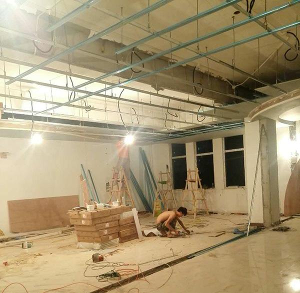 仍在施工的新校区。