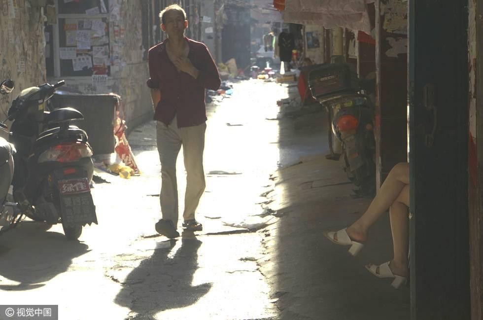"""河南郑州城中村陈寨开拆,曾称""""华夏小香港""""。图像来历:视觉国家"""
