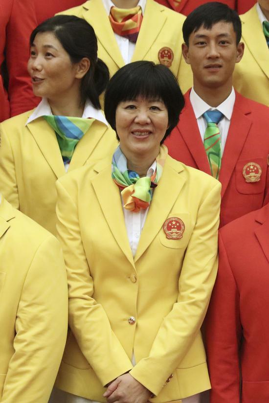 这是参加会见的教练员郎平。新华社记者兰红光摄