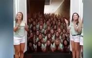 美国大学拍摄诡异宣传视频
