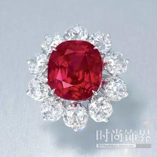 红宝石戒指,缅甸抹谷,15.04ct,无加热,枕形切割