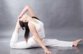 瑜伽练习中如何保护腰椎