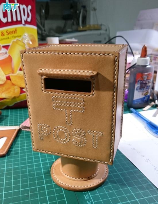 创意有趣的邮筒形状的储蓄罐 漂亮实用的DIY储钱罐
