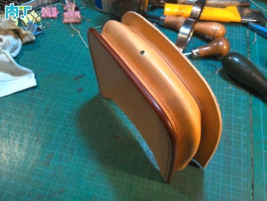 手工制作原色植鞣革腰包