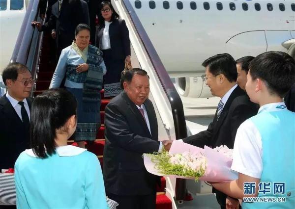 老挝赞同本届G20峰会的各项倡议和计划,如:2030可持续发展议程、非洲和欠发达国家工业化发展计划等。老方希望各项倡议和计划都能得到有效落实,为发展中国家特别是面临减贫挑战的欠发达国家带来实实在在的好处。