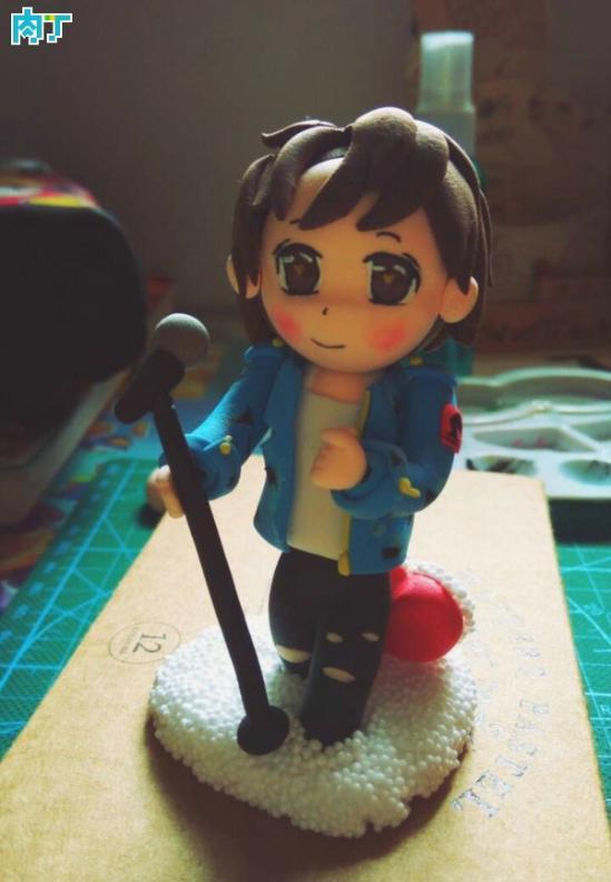 唱歌的粘土小人偶手工DIY做法图解教程