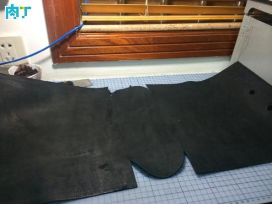 改良款单肩挎包 漂亮时尚的黑色皮革材质的女款包包