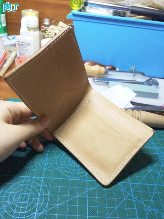漂亮的皮革diy钱包制作方法