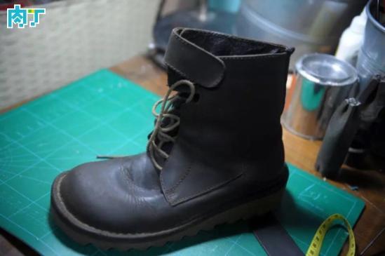 教你用蚕豆皮靴改造为文艺复古单鞋的制作方法