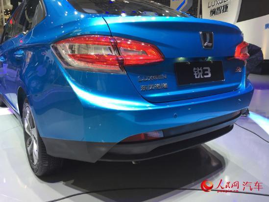 人民网北京9月3日电(窦明)在刚刚开幕的2016成都国际车展上,纳智捷 锐3正式上市正式上市并公布售价。纳智捷锐3本次共推出7款车型,价格区间为5.98万-9.68万。