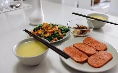 第一筷子夹什么菜,决定你的健康!别不信!