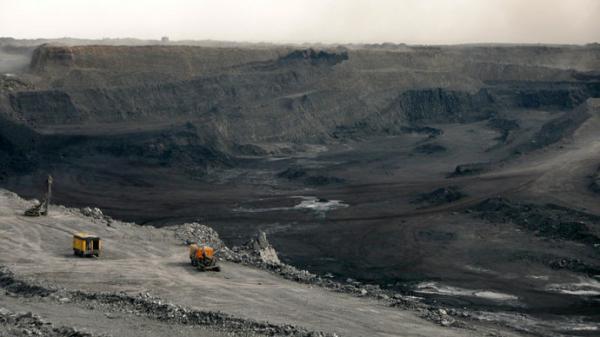 位于蒙古国南部的世界大型煤矿塔本陶勒盖。资料图