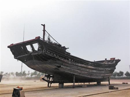 乐亭核心渔港船坞坞道,被撞坏的冀乐渔02271