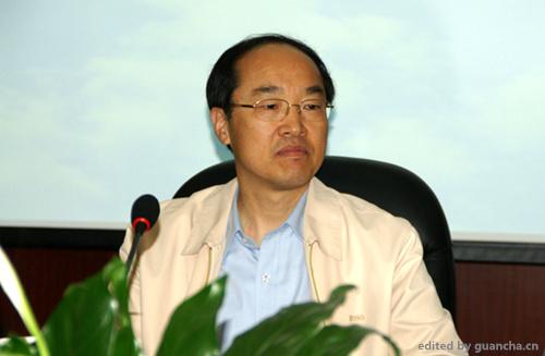 民革中央主席万鄂湘