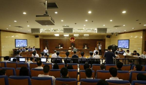 快播案一审宣判当前,法官在榜首时间向媒体停止了释法。