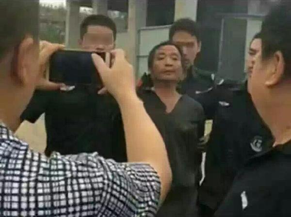9月14日,怀疑人侯某新被公安构造捕获。微博@运城网警巡逻法律 图