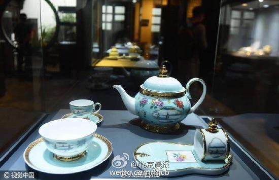G20杭州峰会国宴用瓷公开展示 限量每套8.8万元
