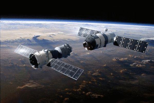 """(""""天宫二号""""空间实验室与神舟飞船对接示意图)-天宫二号即将发"""