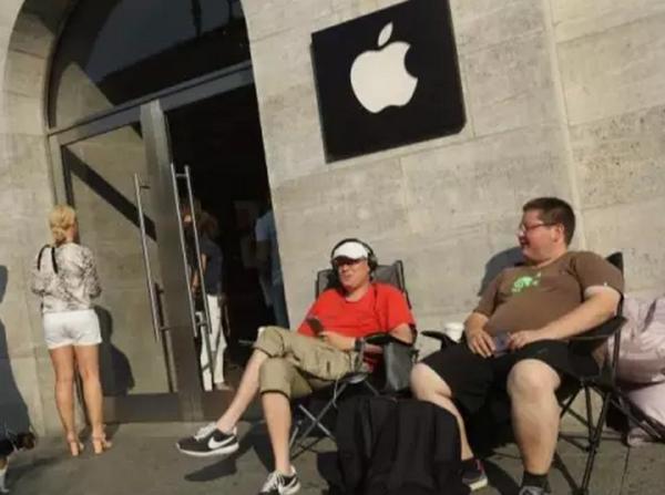 苹果宣布:首批iPhone 7 Plus已在全球售罄