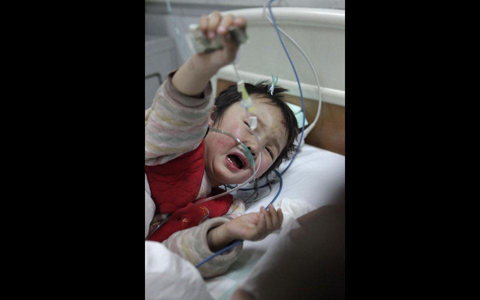 2011年2月19日,西安市高陵县一辆超载幼儿园黑校车与一辆奇瑞轿车发生交通事故,造成车内14名儿童中2名在送到西安市唐都医院后抢救无效死亡,2名重伤,10名轻伤儿童在高陵县人民医院接受住院治疗。