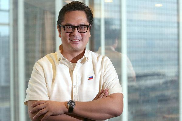 原文配图:菲律宾总统新闻发言人、政府新闻部长马丁・安达纳尔(Martin Andanar)。