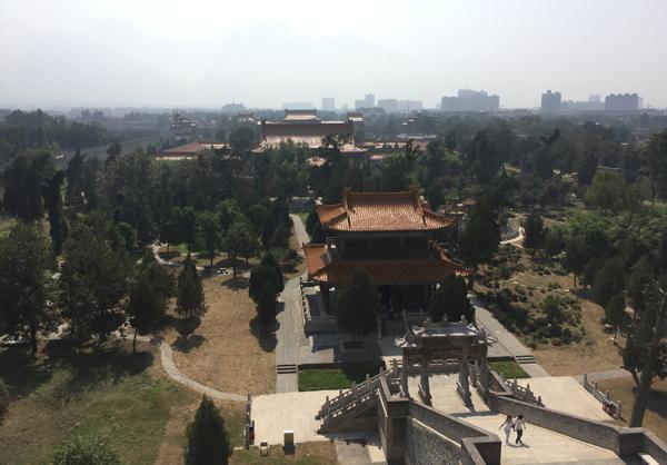西岳庙内游客寥寥。 本文图片均为澎湃新闻记者 王健 图