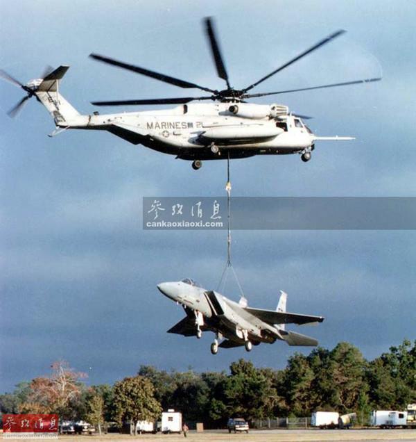 美超级种马直升机能打导弹吊战机 内部图曝光