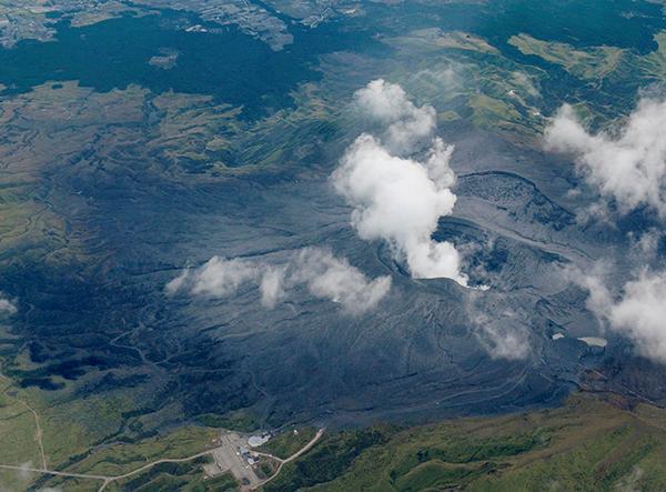 日本阿苏山火山再喷发 与4月地震关系尚不明