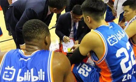 上海男篮更名为上海哔哩哔哩篮球队 网友:笑吐了