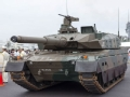 日本10式和90式主战坦克