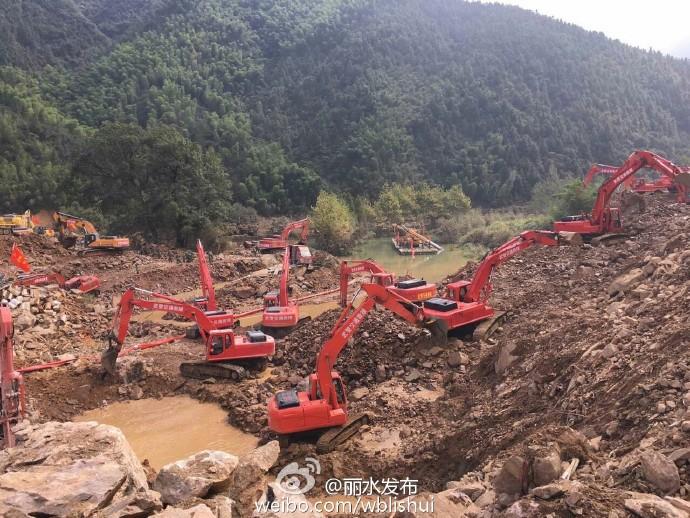 人民网北京10月16日电据浙江省丽水市人民政府官方微博消息,截至10月16日16时,遂昌苏村山体滑坡现场共搜救出23人,确认均无生命迹象。