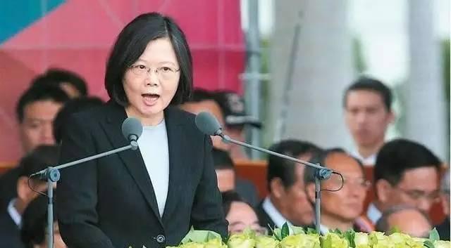"""大陆一个老牌的台湾研究机构,旗下几位专家最近连袂访美。他们熟悉美国,重要的是,他们极其熟悉两岸关系。在不公开的谈话中,他们表述了""""12字方针"""",是北京面对蔡英文时的最新立场。"""