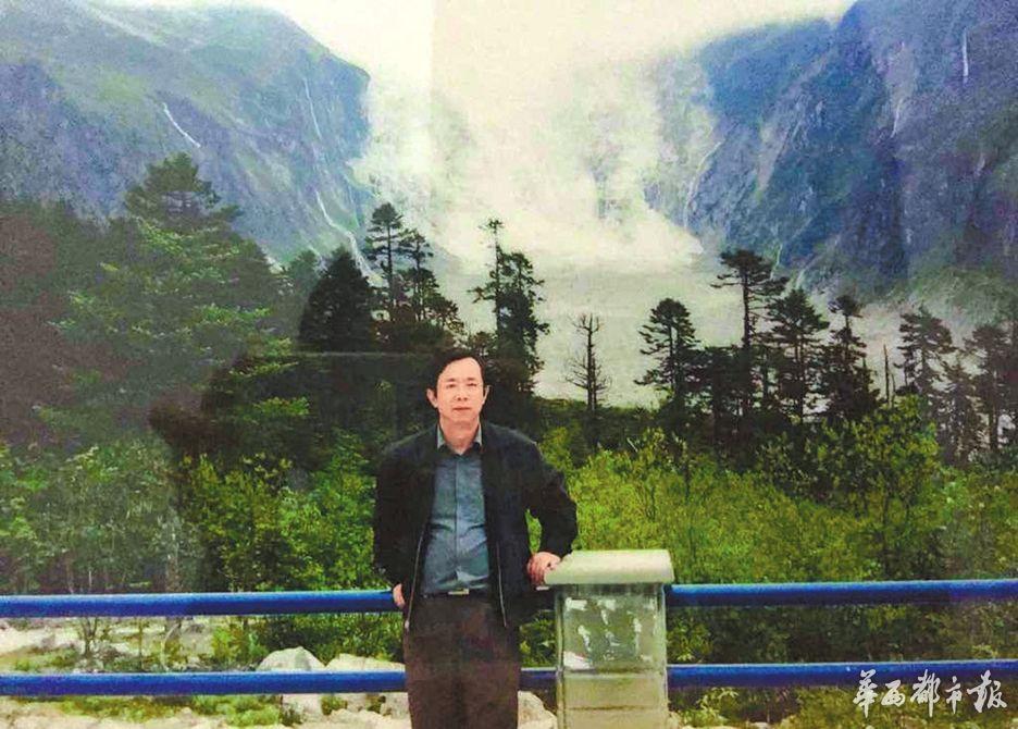著名刑法学家、西南财大法学院教授冯亚东。(叶睿供图)