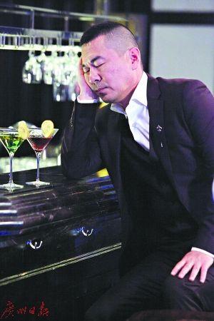 陈建斌对虞书欣的表现扶额无语。