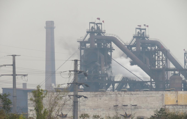 松汀钢铁有限公司高炉区域废气无组织排放明显