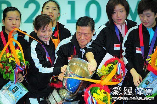 刘国栋:育乒球高手需十年  周树森称16岁是道坎